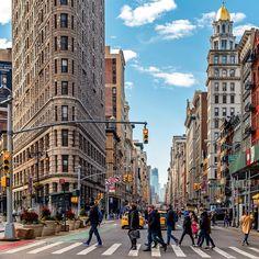 Streets of New York City Streets Of New York, New York Street, City Streets, New York City, Flatiron Building, New York Pictures, Nyc Art, Ny Ny, I Love Ny