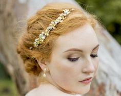 Gold Leaf and Freshwater Pearl Headpiece, Gold Vine