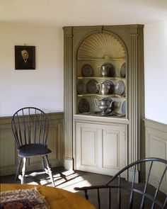 FARMHOUSE – INTERIOR – vintage early american farmhouse showcases raised panel walls, barn wood floor, and a simple style for moulding and trim, like in this farmhouse dining room with a corner cabinet. Corner Hutch, Corner Cupboard, Corner Cabinets, Cupboards, China Cabinets, Antique Corner Cabinet, Corner Unit, Colonial Furniture, Primitive Furniture