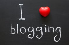 Popular Blogs that makes money teaching blogging online  Blog is a place to share your knowledge and experience as well as guidance on specific topics. Today there are many famous bloggers also blogging is the main occupation for many people. Blogging is