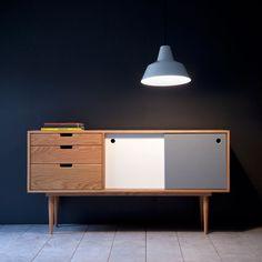 50er Jahre inspiriertes Möbeldesign