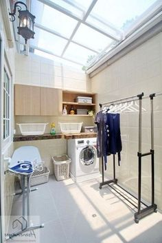 Genius Laundry Room Makeover Ideas for Small Space tastemade.top Genius Laundry Room Makeover Ideas for Small Space tastemade. Outdoor Laundry Rooms, Modern Laundry Rooms, Laundry Room Layouts, Laundry Room Organization, Modern Room, Home Room Design, Home Interior Design, House Design, Laundy Room