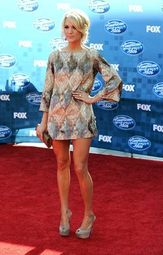 There's no denying Carrie's got fab gams!