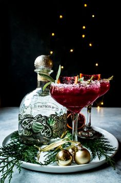 Blood Orange, Sage, and Ginger Margaritas – What do you crave? Cocktail Drinks, Fun Drinks, Yummy Drinks, Mixed Drinks, Cocktail Recipes, Alcoholic Drinks, Beverages, Samhain, Alcohol Drink Recipes
