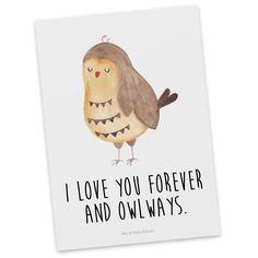 """Postkarte Eule Zufrieden aus Karton 300 Gramm  weiß - Das Original von Mr. & Mrs. Panda.  Diese wunderschöne Postkarte aus edlem und hochwertigem 300 Gramm Papier wurde matt glänzend bedruckt und wirkt dadurch sehr edel. Natürlich ist sie auch als Geschenkkarte oder Einladungskarte problemlos zu verwenden. Jede unserer Postkarten wird von uns per hand entworfen, gefertigt, verpackt und verschickt.    Über unser Motiv Eule Zufrieden  Ganz nach dem Motto """"I Love you forever and owlays"""". Die…"""