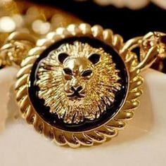 $4.01 Elegant Style Lion Head Inlaid Round Pendant Women's Necklace