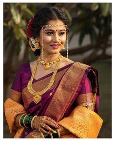 Indian Bridal Sarees, Bridal Silk Saree, Indian Bridal Outfits, Saree Wedding, Wedding Outfits, Teenage Girl Photography, Girl Photography Poses, Marathi Bride, Marathi Saree