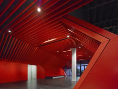 Fox Head / Clive Wilkinson Architects