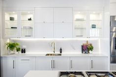 white kitchen the block 2016 Shaker Kitchen, Kitchen Reno, Kitchen Remodel, Kitchen Design, Kitchen Cabinets, Kitchen Ideas, Condo Kitchen, Kitchen White, Kitchen Layout