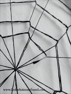DIY Framed Yarn Spider Web #halloween #craft