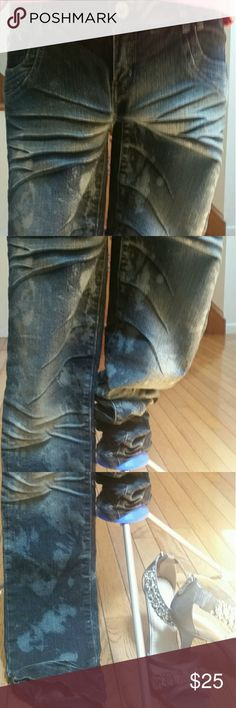 Almost Famous Jeans *Acid Wash Almost Famous Jeans *Acid Wash Almost Famous Jeans Skinny