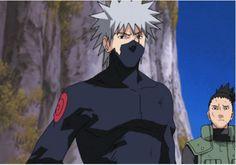 Look at shikamaru even he knows not to mess with a guy as ripped as kakashi Kakashi Hatake, Kakashi And Obito, Shikamaru, Sasuke, Naruto Teams, Naruto Oc, Naruto Uzumaki, Anime Naruto, Boruto