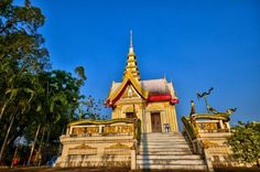 Wat Khlong Thom temple