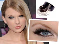 Makeup that enhances small eyes