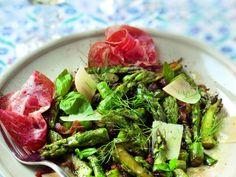 asperge, coppa, parmesan, huile d'olive, vinaigre balsamique