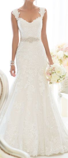 Lovely Lace & Sparkle Beaded Wedding Dress ♥ would love to see my youngest daughter in this wedding dress.