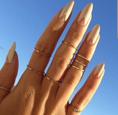 French manicure talon nails