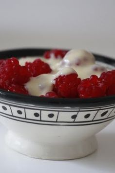 Small bowl from hviit.no. Treats from our garden.