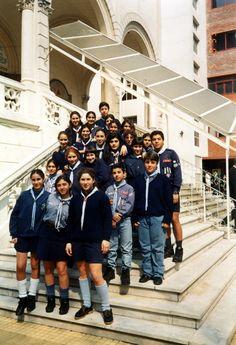 Guias y Scouts en la Iglesia de San Gregorio - Servicio en la Visita de Katolikos Karekin I a Buenos Aires -
