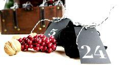 personalisierbares Adventkalender Set aus Samt, charmant verpackt in der Schatzkiste Cherry, Fruit, Food, Velvet, Packaging, Gifts, Dekoration, Essen, Meals