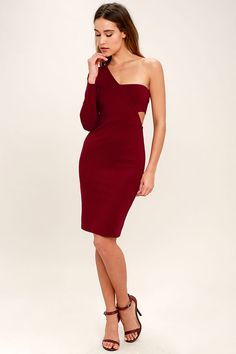 Nothing gets the party going like the One Night Burgundy One Shoulder Bodycon Dress! Stretchy, medium-weight knit sweeps from a one shoulder long sleeve into a fitted bodice with a sexy side cutout. A bodycon skirt hugs your curves down to a leg-baring length. Hidden side zipper.