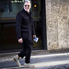 Nick Wooster yesterday during Milan Fashion Week F/W '16, wearing Wooster + Grenson. by @blenderstreetstyle #NickWooster #NickWoosterFanPage #MilanFashionWeek