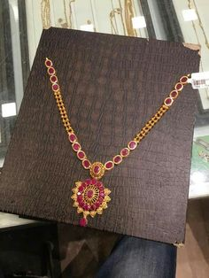Jewelry: This Article Has The Guidance You Seek – Modern Jewelry Gold Jewelry Simple, Gold Rings Jewelry, Ruby Jewelry, Gold Jewellery Design, India Jewelry, Pendant Jewelry, Ruby Necklace Designs, Jewelry Patterns, Gold Necklace