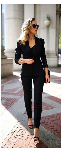 Business Professional Outfits, Business Casual Outfits For Women, Stylish Work Outfits, Winter Outfits For Work, Business Women, Summer Business Outfits, Work Outfits For Women, Women's Professional Clothing, Chic Business Casual