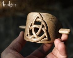 Celtic Triquetra Hair Buckle Handcarved Hair Slide by ArtisIgnis, €30.00