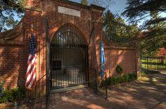 Mount Vernon - George Washington Tomb