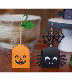 Cricut® Creepy Critters Cartridge | DIY Halloween Party Favors