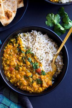 One-Pot Spinach Dal- a simple and comforting yellow dal made with warming spices, split peas and spinach. A great source of vitamin A, C, iron and protein! (vegan + gluten-free)