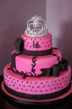 Sweet 16 Pink and Black Cakes by Me Pinterest Sweet 16 and Cake