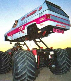 Big Ford Trucks, Custom Pickup Trucks, Jacked Up Trucks, Lifted Cars, Jeep Pickup, 4x4 Trucks, Cool Trucks, Chevy Trucks, Lifted Chevy