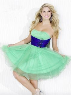 Strapless Mini Green Tulle A Line Homecoming/Cocktail Dress