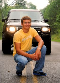 "Cool Senior Pictures For Guys | Cool guy senior picture pose | Um this is cool???? ""Dude, that trucks about to hit you!"" stupid."