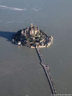 ✈️ Photo aérienne de : Mont-Saint-Michel - Manche (50)