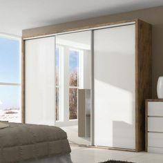 belos guarda-roupa 3 portas de correr com espelho Bedroom Closet Design, Bedroom Wardrobe, Wardrobe Doors, Wardrobe Design, Bedroom Decor, Small Space Bedroom, Small Spaces, Room Interior, Interior Design