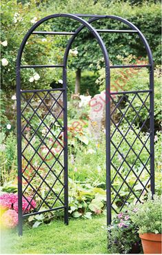 Great Garden Arch (Lattice) Would Love To Use This At The End Of My Front Walk,  And Grow Grapes On It.