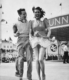 1940's Couple photographed by Clinton Segundo. This is too adorable!