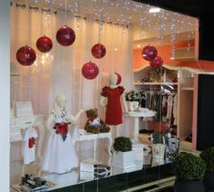 decoração de natal para vitrines de lojas - Pesquisa Google