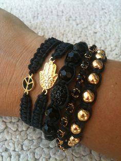 Queda bien negro + dorado