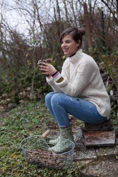 AIGLE-14 Garden Types, Meadow Garden, Country Life, Country Living, Fashion Hub, Comfortable Outfits, The Past, Blog, Turtle Neck