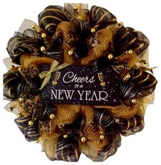 Cheers To A New Year Handmade Deco Mesh New Years Wreath - 2019 Neujahr Wreath Crafts, Diy Wreath, Wreath Ideas, Wreaths For Front Door, Door Wreaths, New Years Decorations, Holiday Wreaths, Winter Wreaths, Deco Mesh Wreaths
