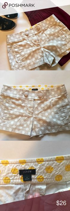 ⚡️FLASH SALE⚡️ J. Crew Polka Dot Shorts Size 6 J. Crew polka dot shorts in a size 6. The color is beige with white dots. They have a canvas feel and are 100% cotton. Pockets on the front but none on the back. Has a zipper and two buttons. They are city fit style. They are in pristine condition! J. Crew Shorts