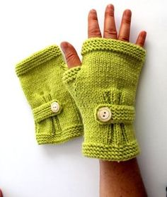 Hand Knitting Fingerless Gloves Mittens Arm Warmers by glov Crochet Gloves Pattern, Crochet Mittens, Baby Knitting Patterns, Hand Knitting, Knit Crochet, Crochet Hats, Fingerless Gloves Knitted, Wrist Warmers, Knitting Accessories