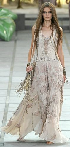 Boho chic maxi dress with gypsy embellishment. Modern hippie fashion. FOLLOW http://www.pinterest.com/happygolicky/the-best-boho-chic-fashion-bohemian-jewelry-gypsy-/ for the BEST Bohemian trends in clothing & jewelry.