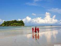Myanmar is a beautiful country with some beautiful islands and wonderful beaches. Here are some of the best beaches in Myanmar.