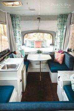 Spending Plan Pop Up Camper Makeover Concepts. Providing the pop-up camper a brand-new paintj Pop Up Camper Trailer, Vintage Campers Trailers, Tent Trailers, Pop Up Campers, Casita Trailer, Boler Trailer, Retro Campers, Vintage Caravans, Popup Camper Remodel