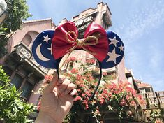 Have the perfect ears for Disney's Hollywood Studios with these Sorcerer Mickey Mouse Ears . Inspired by the movie Fantasia and the beautiful nighttime show at the former MGM studios, Fantasmic   **Mickey & Minnie Approve ❤️⭐️